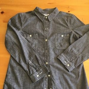 NWOT women's shirt in medium